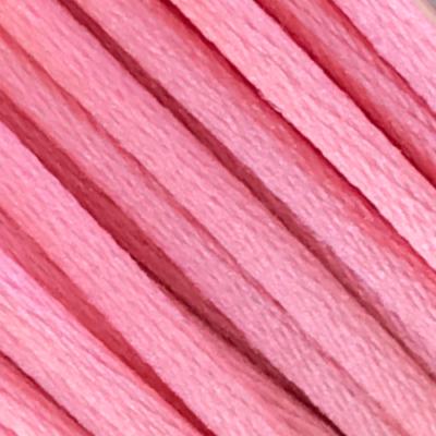 różowy jasny